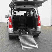 Citroen Berlingo Rollstuhl-Heckausschnitt offen